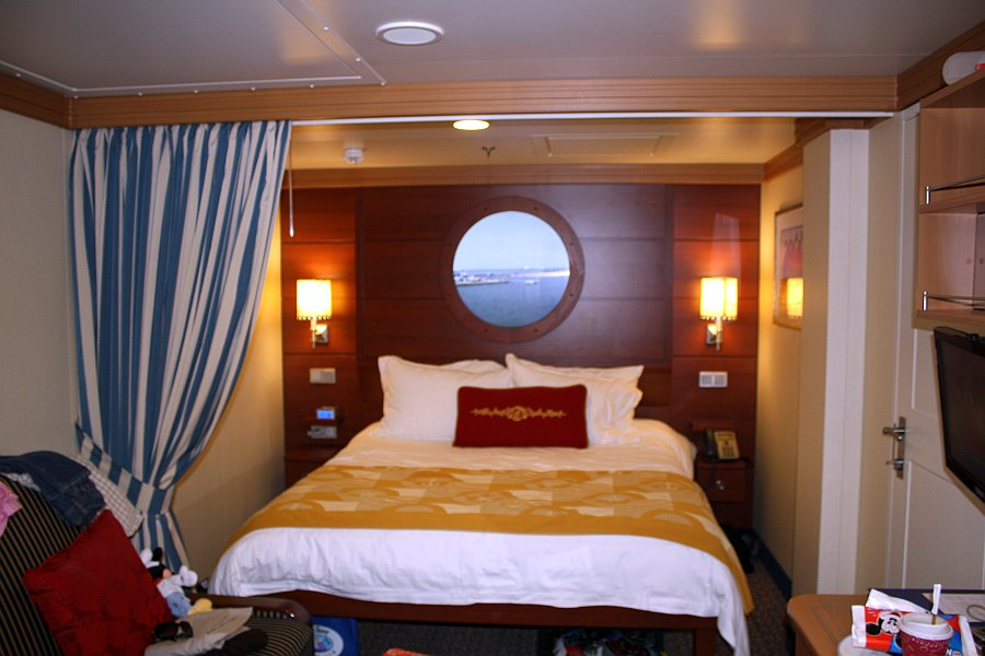 Saving Money With Disney Cruise Line Happiest Tips On